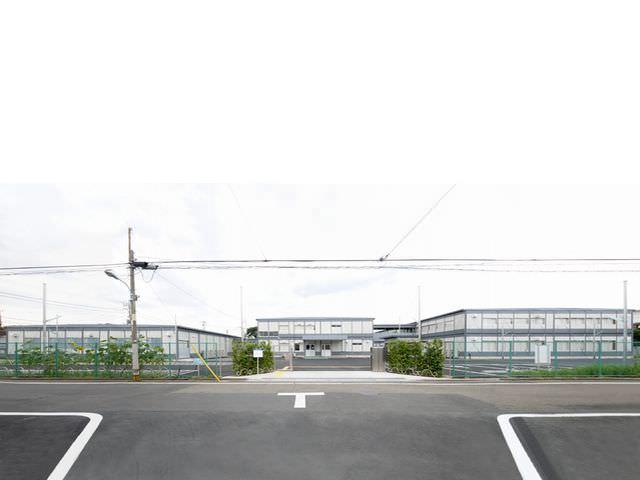 大学仮設校舎(私立) 郡リース株式会社